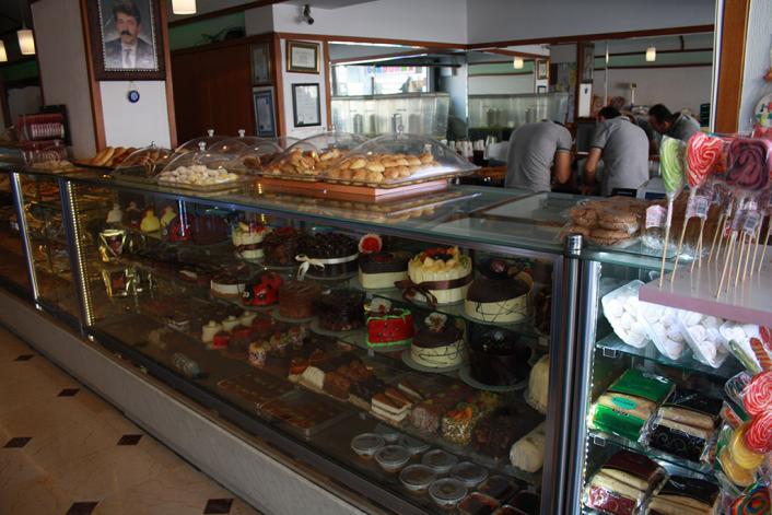 Fatih Sabri Pastaneleri -